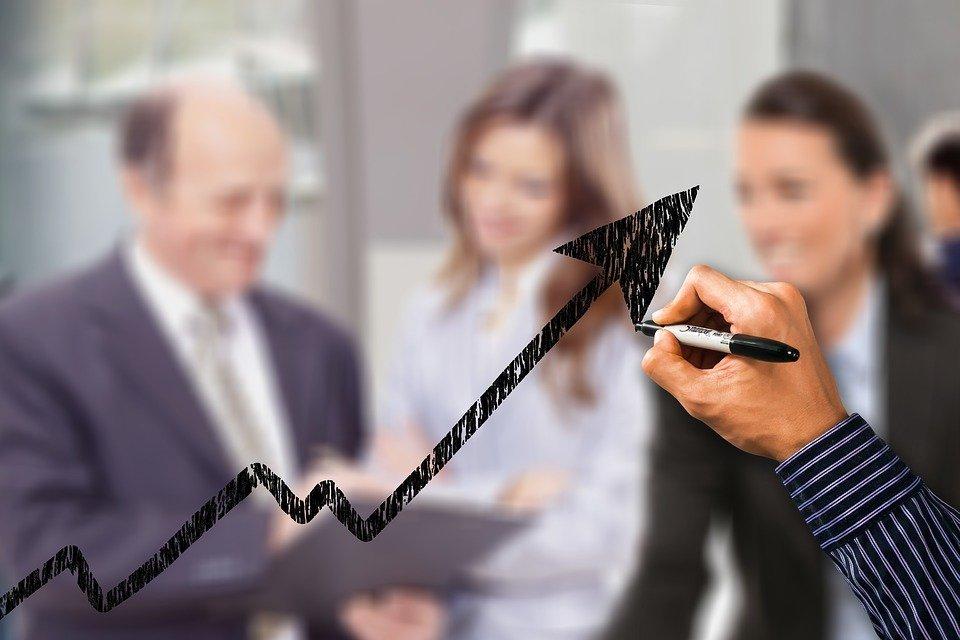 Grantly - Uspešnost podjetij pri koriščenju nepovratnih sredstev